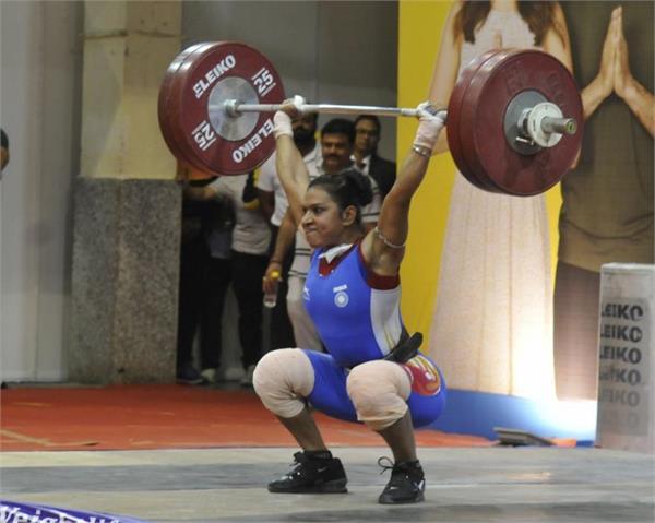 rakhi halder wins national 64kg gold with a lift of 210kg
