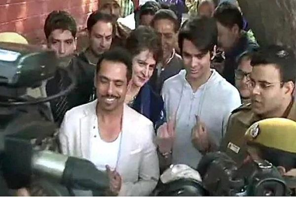 priyanka son raihan rajiv vadra first time voting