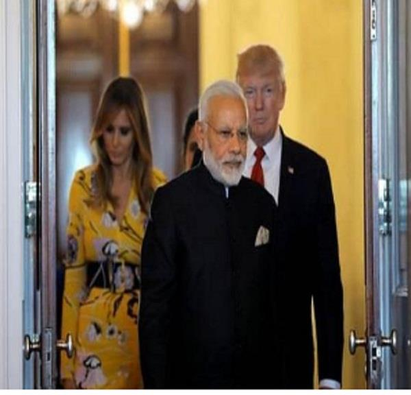 pm modi will not visit taj mahal with trump family