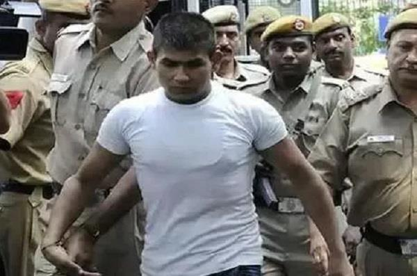 vinay sharma convicted in nirbhaya case approached hc
