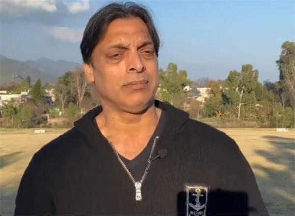 shoaib akhtar s controversial tweet on kashmir issue