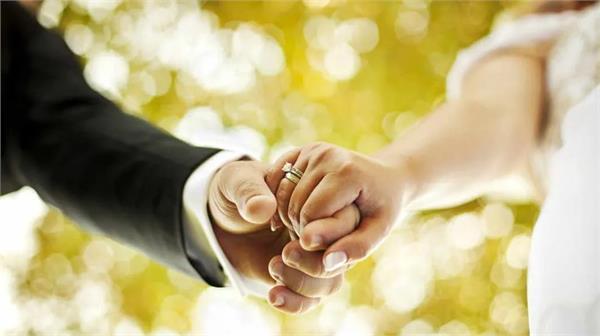 corona virus hit marriage