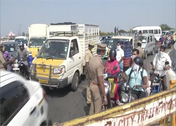 coronavirus lockdown traffic jam in chennai