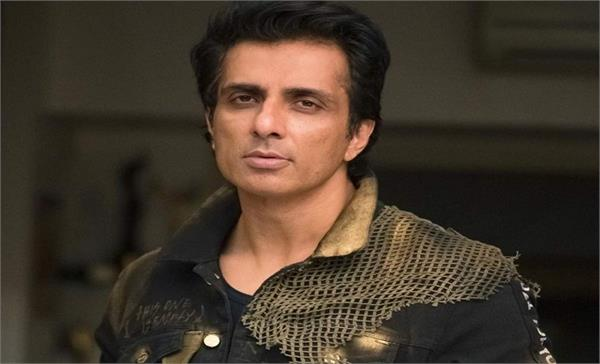 sonu sood heart winning reply to twitter user on comment of rajinikanth
