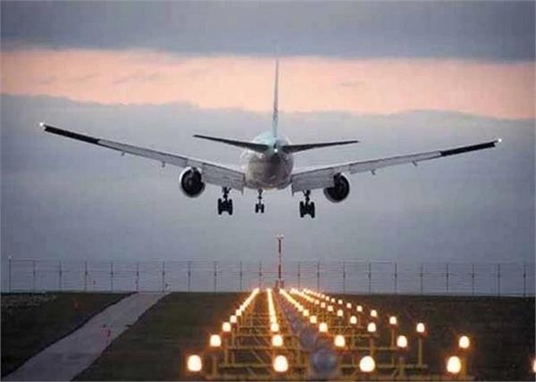 first flight lands at jammu airport from delhi